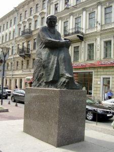 Памятник Ф.М. Достоевскому в Санкт-Петербурге
